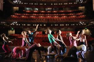 Dancers+Clod+Ensemble+Rehearse+Anatomie+Sadlers+TLHseqt3nB5l